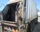Mezzo della Belice Ambiente si ribalta, ferito il conducente
