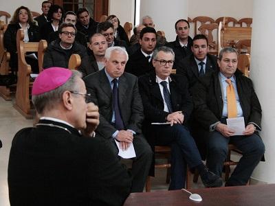 vescovo_politici