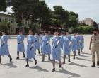 Le allieve della C.R.I. in addestramento al 6° Reggimento Bersaglieri
