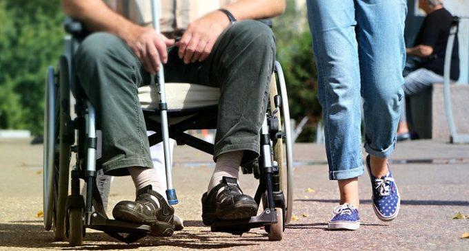 Sicilia: dopo la bufera sui disabili, stanziati i bonus per i gravissimi. Ecco come fare richiesta