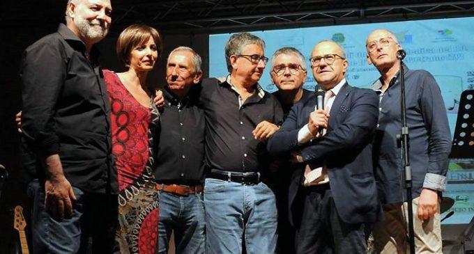 """Il reparto di Oncologia di Castelvetrano si esibisce in """"Fimmini e Amuri"""". Il plauso di Castiglione"""