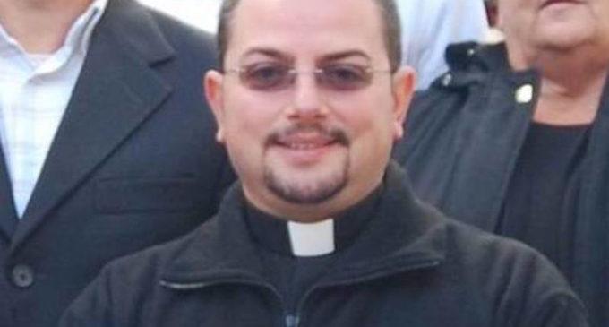 Vito Caradonna non è più un prete. A deciderlo la Santa Sede
