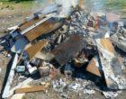 Salemi, ignoti bruciano rifiuti nella notte. I residenti di Ulmi lanciano un appello