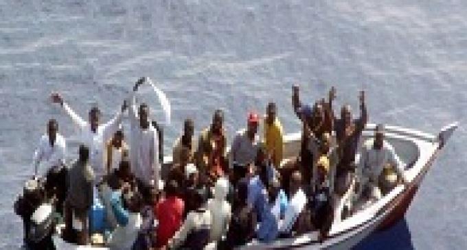Soccorsi migranti in mare, il barcone si è inabissato