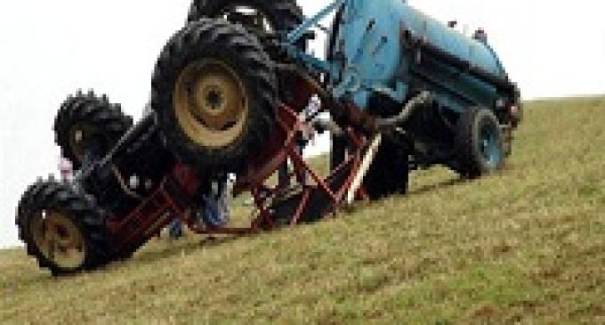 Marsala: incidente sul trattore, muore