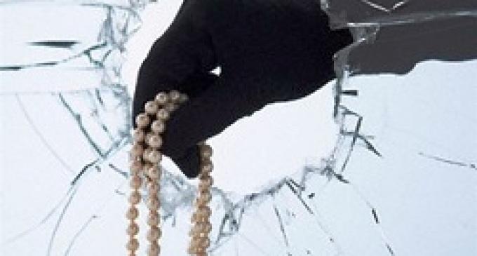Mazara, rapinata la gioielleria di Piazza Porta