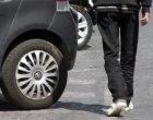 Palermo: parcheggiatore abusivo troppo insistente, arrestato