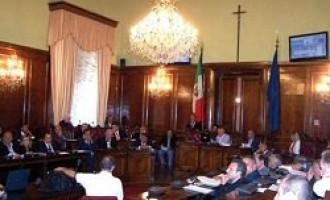 Provincia: dipendenti della Megaservice occupano l'aula consiliare