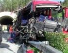 Grave incidente nella Palermo-Mazara del Vallo: pullman contro tir in galleria