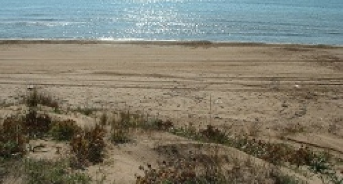 Campobello di Mazara: rimossi i tubi di cemento dalla spiaggia di Tre Fontane