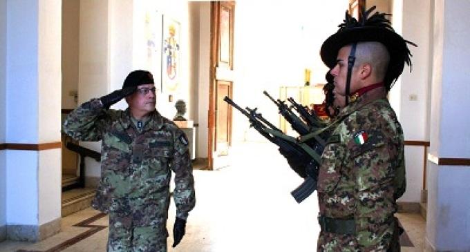 Trapani: 6° Reggimento Bersaglieri in partenza per l'Afghanistan per l'operazione ISAF