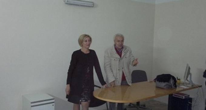 Partanna, elezioni amministrative: la candidata Giulia Flavio incontra i cittadini nella sezione UIL