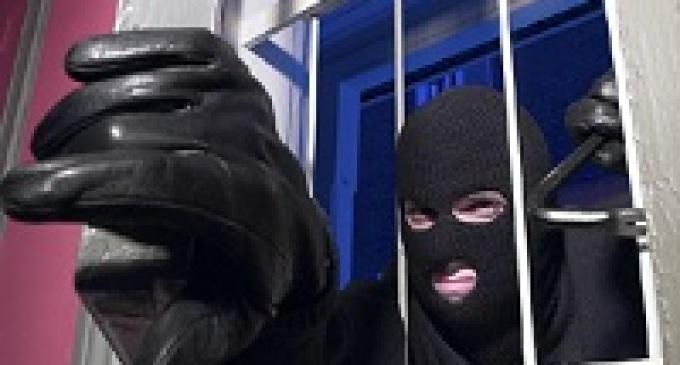 """Triscina: ladri in azione, """"visitate"""" tutte le villette di una strada"""