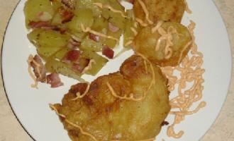 …Le Delizie del Palato: Polpa di suino in crosta e contorno di patate aromatizzate con bacon e cipolla