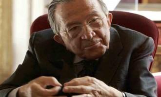 È morto a Roma il senatore a vita Giulio Andreotti. Domani i funerali