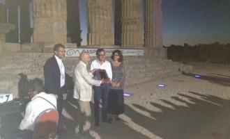 Castelvetrano: Il primo cittadino ha premiato uno dei più importanti professionisti mondiali, l'arch. Mario Bellini