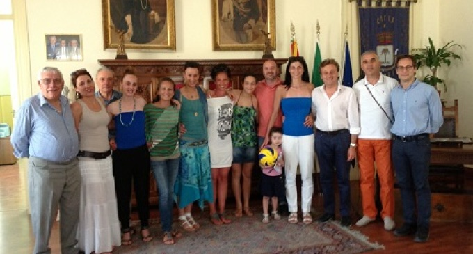 Errante incontra la pallavolo Castelvetrano per festeggiare la promozione in B2