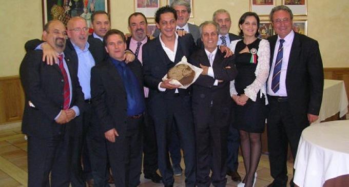 """Si è celebrato il """"matrimonio"""" tra il Pane Nero di Castelvetrano con i carciofini selvatici di Altomonte"""