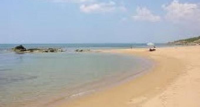 Da lunedì parte la pulizia delle spiagge di Selinunte e Triscina