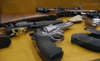 Alcamo: pregiudicato deteneva armi in casa, arrestato