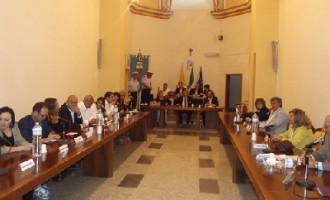 Partanna: il consiglio comunale boccia la mozione della consigliera De Benedetti sui tagli ai costi della politica