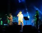 De Gregori incanta il pubblico a Partanna, in 35mila in piazza per la notte bianca