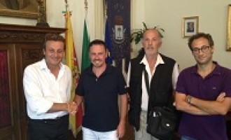 Castelvetrano: il Sindaco incontra il campione del mondo di biliardo Michelangelo Aniello