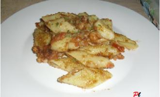 …Le Delizie del Palato: pennoni con patate, gamberetti e vongole