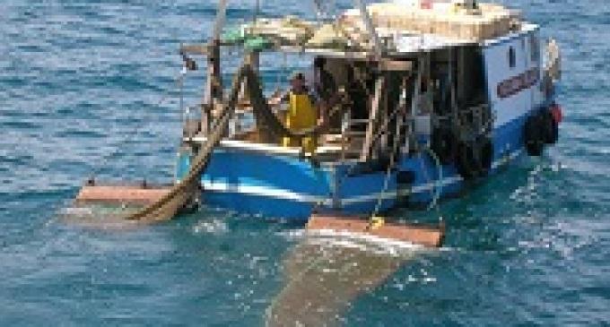 Sciacca: imposta la sospensione obbligatoria, protestano i pescatori