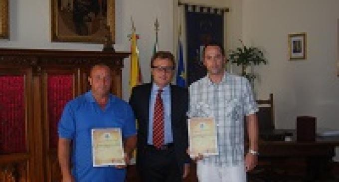 Castelvetrano: il Sindaco consegna due pubblici encomi a cittadini meritevoli