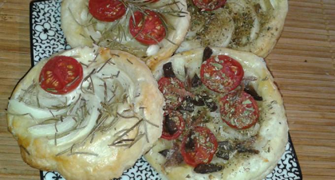 """""""…le delizie del PaLato"""": Pizzette di Pasta Sfoglia"""