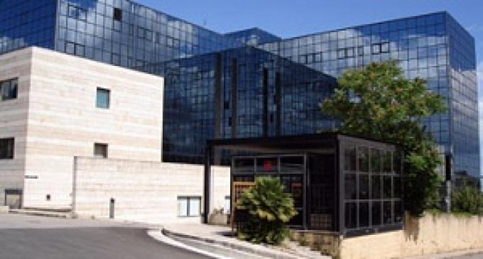 Ospedale di Castelvetrano. Fioccano i casi di persone bloccate dentro gli ascensori