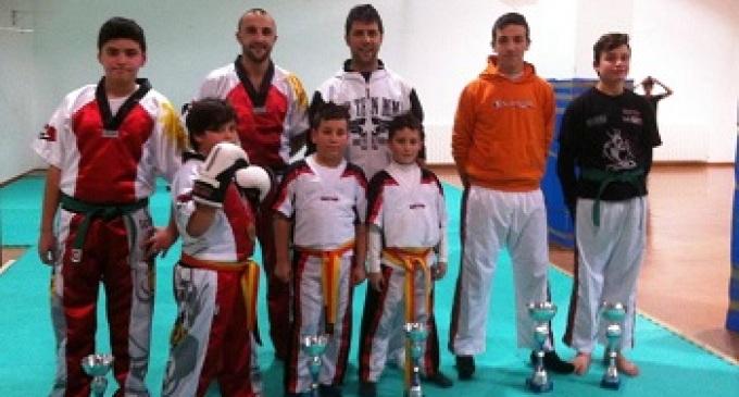 Successo per gli atleti di kick boxing al torneo regionale