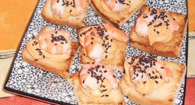 """""""…le delizie del PaLato"""": Tartine con salmone e mazzancolle"""