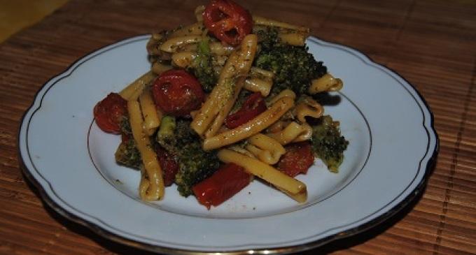 """""""…le delizie del PaLato"""": Casarecce piccanti coi broccoletti, pomodorini datterini e alici"""