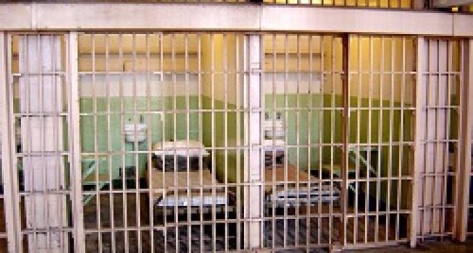 Vittoria (RG): preferisce carcere a moglie, evade dai domiciliari
