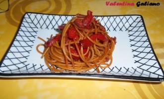 """""""…le delizie del PaLato"""": Spaghetti integrali con peperoni rossi e 'Nduja"""
