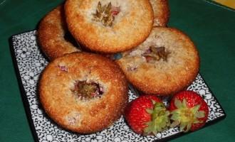 """""""…le delizie del PaLato"""": Muffins cocco e fragole"""