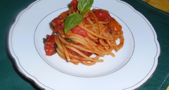 """""""…le delizie del PaLato"""": Spaghetti allo Scarpariello"""