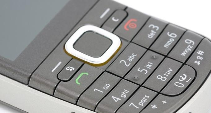 Chiamate col telefono di servizio, la Regione chiede indietro i soldi