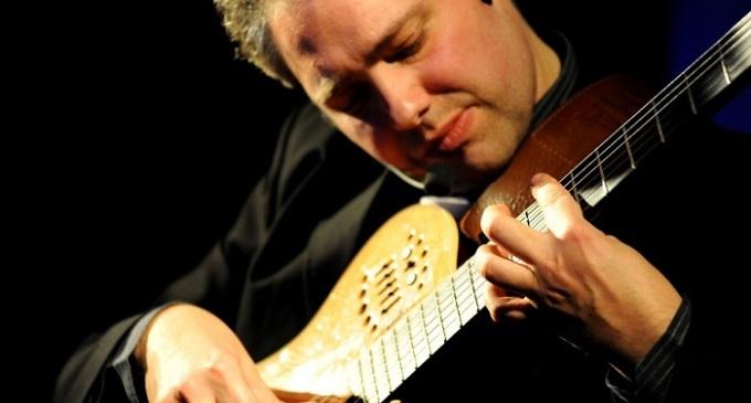 Francesco Buzzurro in concerto a Siracusa