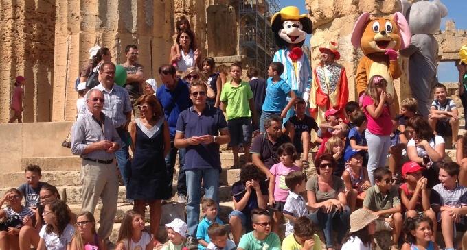 Centinaia di bambini si riappropriano del Parco Archeologico di Selinunte
