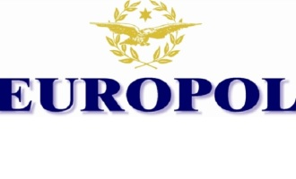 Palermo: tentano di disarmare guardie dell'Europol, arrestati