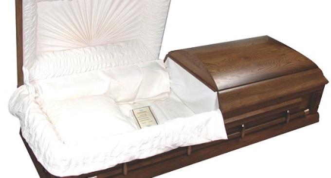 Partinico: profanata una tomba per rubare una collana