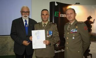 6° Reggimento Bersaglieri: premiato Marco Millocca Medaglia d'Argento al Valor Militare
