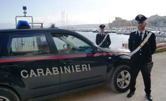 Castellammare del Golfo: arrestato scippatore in flagranza dai Carabinieri