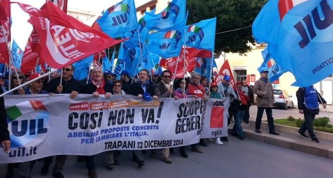 """""""Così non va"""": in due mila a Trapani per lo sciopero generale Cgil e Uil"""