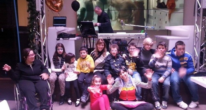 Solidarietà, sorrisi ed emozioni ad Area 14 per i bambini diversamente abili