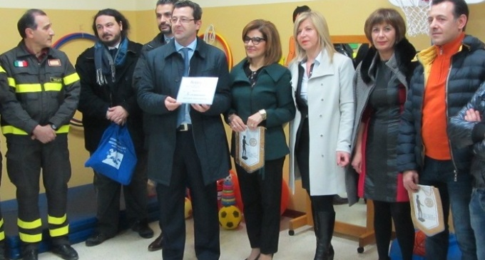 """Il Rotary Club di Castelvetrano dona ausili didattici e giochi all'associazione di genitori """"Io Comunico"""""""