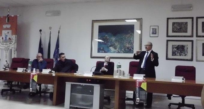 Santa Ninfa: presentato il volume «Mafia e coop rosse»